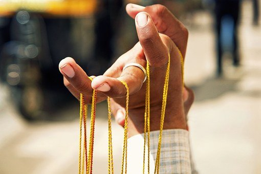 Hand, Fingers, Ring, Person, Rope, Present, Gift, Shop