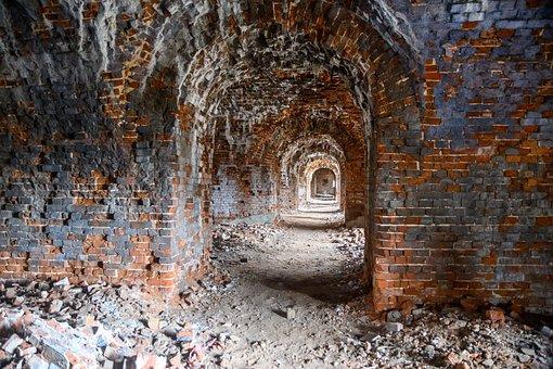 Prays, Granary, Brick, Crash, History, The Ruins Of The