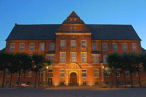 Bocholt, District Court, Benoelkenplatz, View