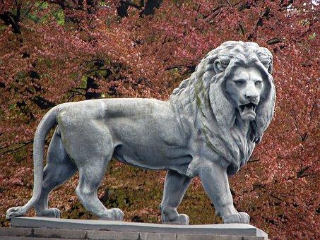 Lion, Animal, Tree, Leaves, Colours, Nature, Sculpture