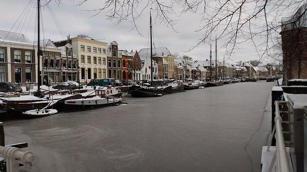 Winter, Natural Ice Pastime, Canal, Zwolle