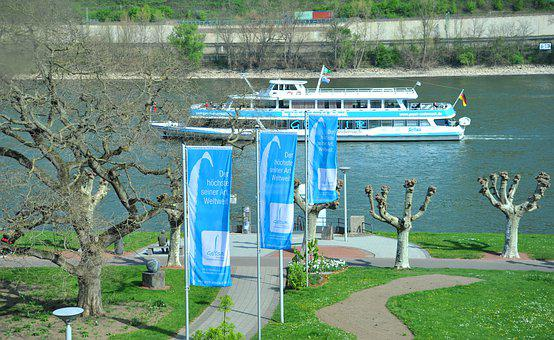 Geyser, Andernach, Passenger Transport