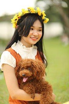 Woman, Dog, Puppy, Flower, Crown, Picnic, Grass, Face