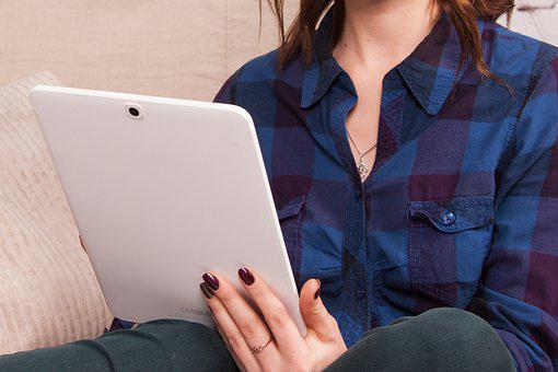 Tablet, Searching, Woman, Touchscreen, Businessperson