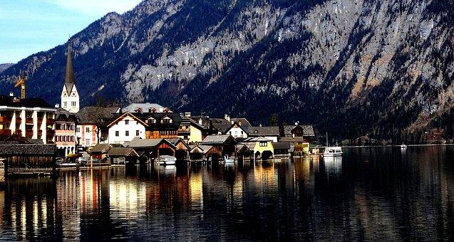 Hallstatt, Austria, Salzkammergut, Seespiegelung, Light