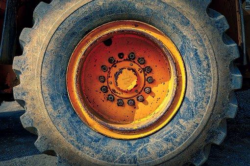 Wheel, Tractor, Dirt, Tire, Rim, Screws, Nuts, Rubber