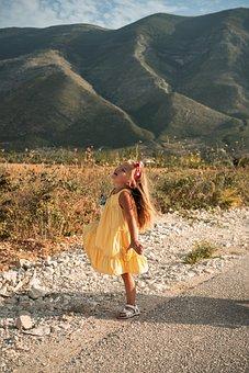 девочка, солнце, Mountain, Happiness, Yellow, Happy
