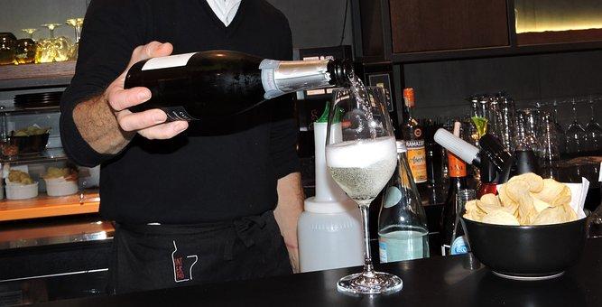 Aperitif, Glass, Wine, Pour, Potato Chips, Bar, Counter