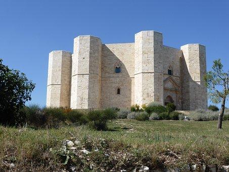 Castellammare Del Monte, Italy, Puglia, Castle