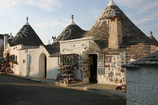 Puglia, Trulli, Alberobello, Italy