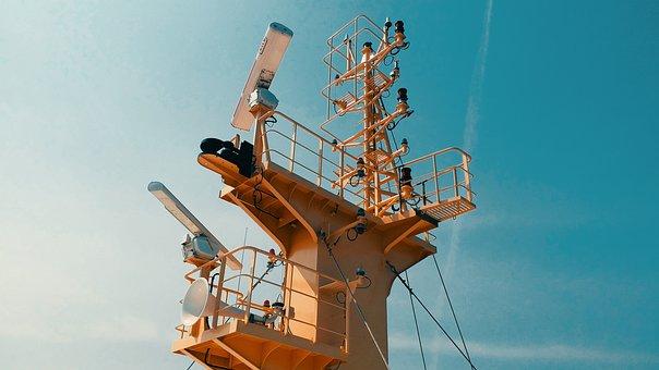 Vloc, Big Ship, Mainmast, Whistle, Signal Lights