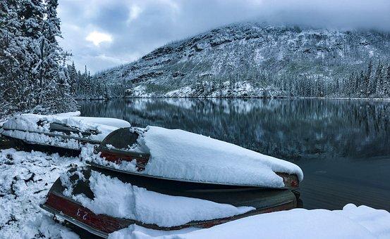Jasper National Park, Canoe, Winter, Snow, Alberta
