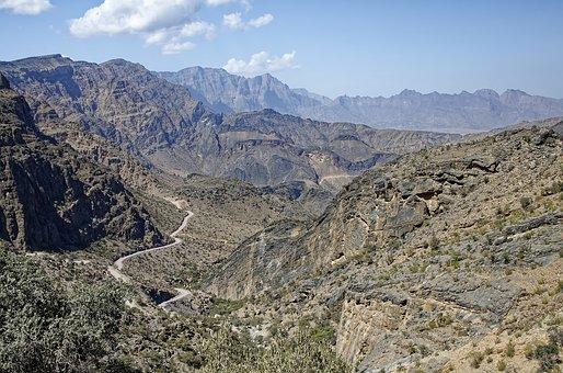 Oman, Dashanub Al-batina Region, Al Hajar Mountains