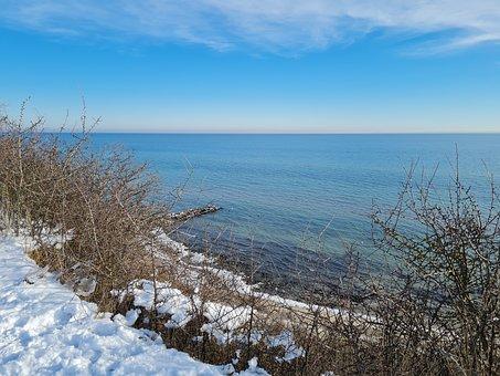 Cliff, Brodau, 2021, Winter, Baltic Sea