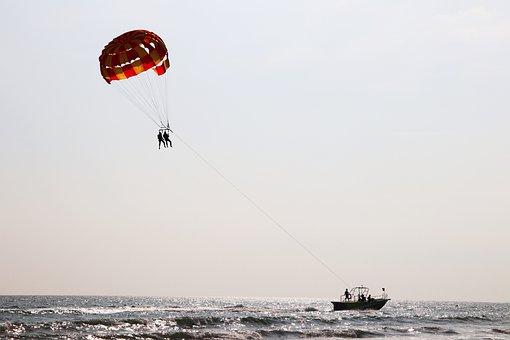 Sea, Watercraft, Flying Ball, People