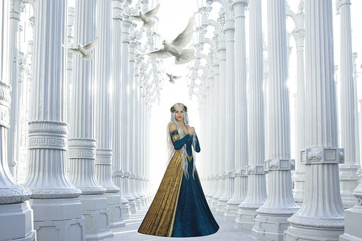 Princess, Pigeons, Doves, Palace