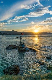 Shipwreck, Sea, Sunset, Skyscape, Sky