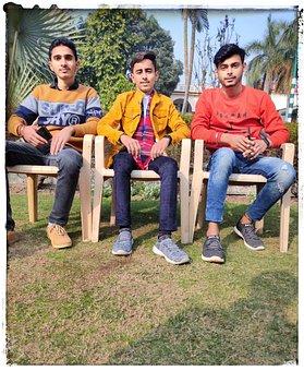 Friends, Handsome, College
