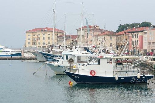 City, Mediterranean, Boats, Architecture, Tourism