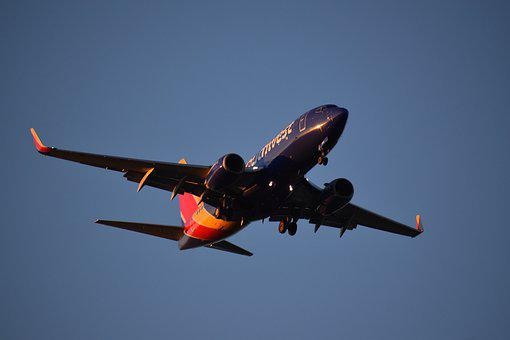 Airliner, Landing, Airport, Plane, Southwest Air Plane