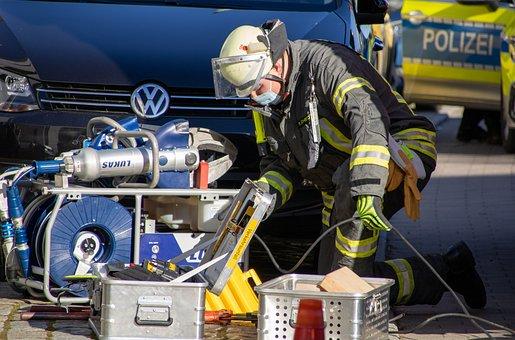 Feuerwehr, Rettungsdienst, Einsatz, Feuerwehreinsatz