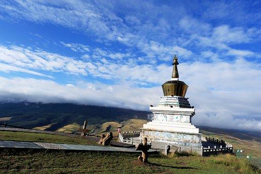Kumbum Monastery, Blue Sky, White Cloud, Mountain
