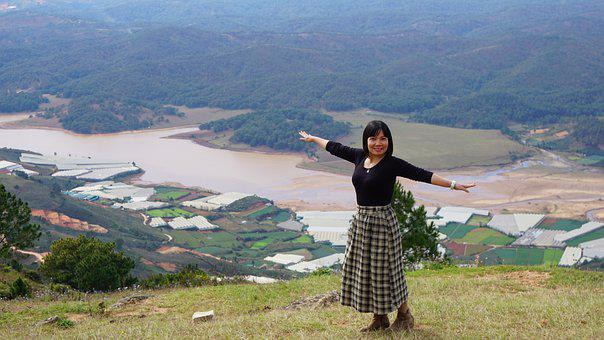 Langbiang Moutain Peak, Da Lat, Viet Nam, People
