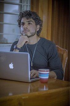 Estudiante, Trabajando, Home Office, Laptop, Coffee