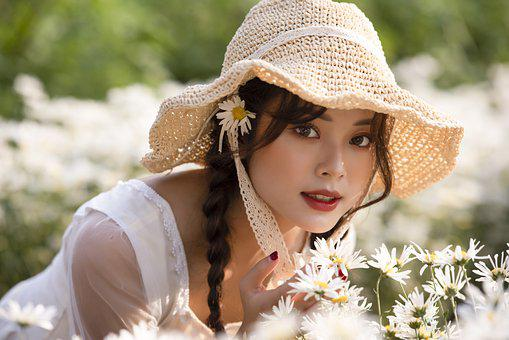 Woman, Model, Flowers, Chrysanthemums, Young, Hat