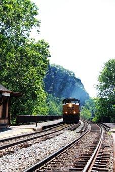 Harpers Ferry, Train, Smoke, Steam, Tunnel