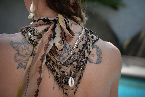 Tattoo, Back, Woman, Skin, Body, Necklace, Shell