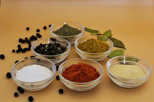 Spices, Salt, Pepper, Paprika, Garlic, Juniper Berries