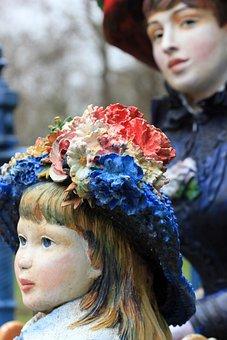 Two Sisters, Statue, Auguste Renoir, Sisters