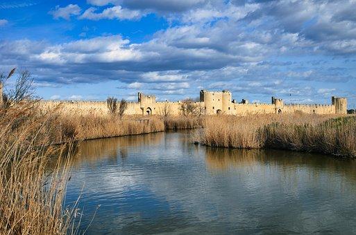River, Reed, City Walls, Lake, Water, Reflection, Grass