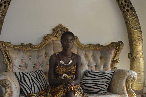 Young, Queen, Modeling, Africa, Cameroon, Magazine