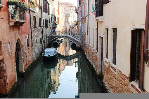 Channel, Gondola, Boats, Building, House, Facade