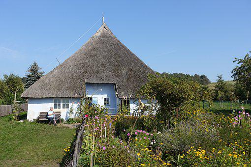 House, Old, Thatched Roof, Museum, Cottage Garden