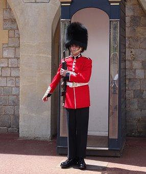 Royal Guard, Queen Elisabeth 2, Monarchy, Palace