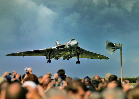 Vulcan, Waddington, Airshow