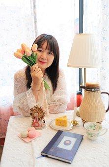 Republic Of Korea, Women's, Flowers, Tabitha, Cafe