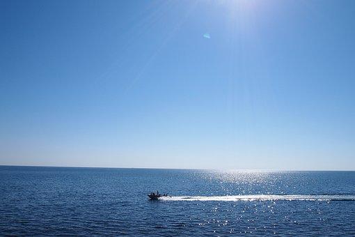 Black Sea, Anapa, Big Utrish, Cumberland Cove, Sky