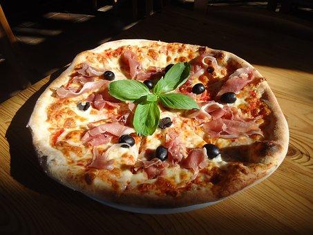Pizza, Marherita, Capriciosa