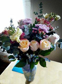 Flowers, Bouquet, Vase, Roses, Chrysanthemum, Leaves