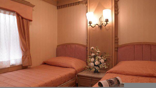 Golden Chariot, Indian Rail, Luxury Train, Bedroom