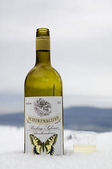 Wine, Wine Bottle, Snow, Trinkbecher, Served Cool