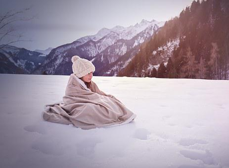 Person, Human, Winter, Snow, Cap, Blanket, Mountains
