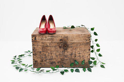 Shoes, Box, Ivy, Footwear, Woman Shoes, Red Heels