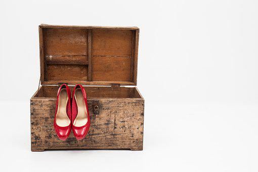 Shoes, Box, Footwear, Woman Shoes, Red Heels, Red Shoes