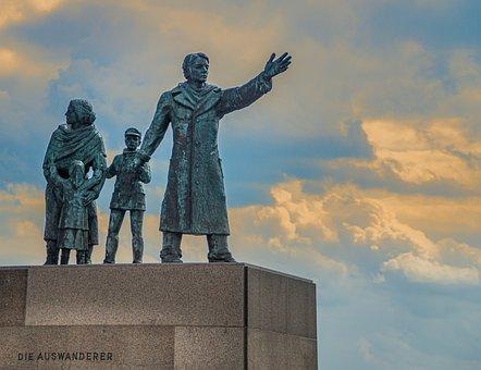 Bremerhaven, Monument, Emigrants, Port, Sculpture