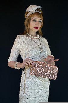Fashionista From The 20s, Pen, Chaplet, Glamour